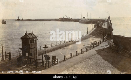 Admiralty Pier, Dover, Kent, England     Date: circa 1906 - Stock Photo