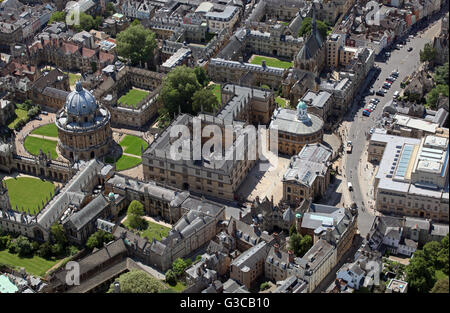 aerial view of the Radcliffe Camera & Bodleian Library, Oxford University, UK - Stock Photo