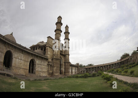 Entrance and courtyard. Jami Masjid or Mosque. Champaner Pavagadh Archaeological Park. UNESCO World Heritage Site. - Stock Photo