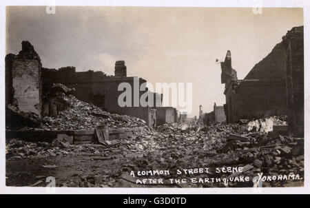 Damage to the streets of Yokohama after the 1923 Great Kanto earthquake, Japan - which struck on 1st September 1923 - Stock Photo