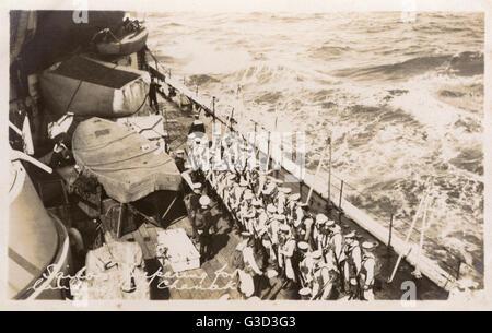 HMS Marlborough - Sailors preparing to land at Canakkale. HMS Marlborough was an Iron Duke-class battleship of the - Stock Photo