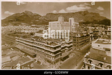 View of central Cape Town, South Africa.      Date: circa 1940 - Stock Photo