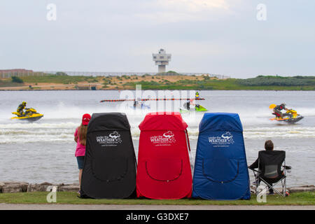 Under the Weather Pop-up Personal Shelters at the British Summer Championships race, Round 2 Crosby Lakeside Adventure - Stock Photo