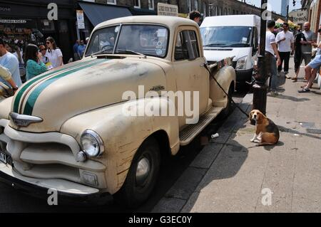 1950s Chevrolet Pick-up Truck with dog, in London's East End. - Stock Photo