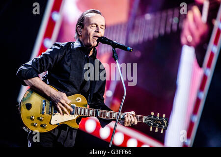 Mlano, Italy. 10th June, 2016. Pooh performs live at Stadio San Siro in Milano, Italy, on June 10 2016, for the - Stock Photo
