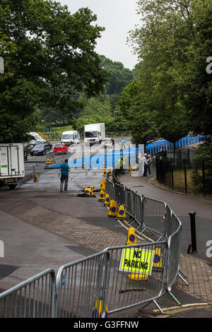 Leeds, UK. 10th June, 2016.  Final preparations at Roundhay park in Leeds where thousands of amateur and professional - Stock Photo