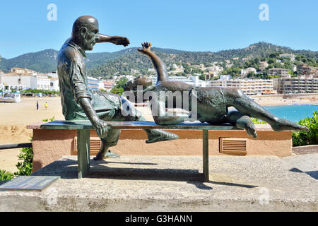 Modern sculptural group in center of Tossa de Mar city in Spain on May, 24, 2016 under bright Mediterranean sun - Stock Photo