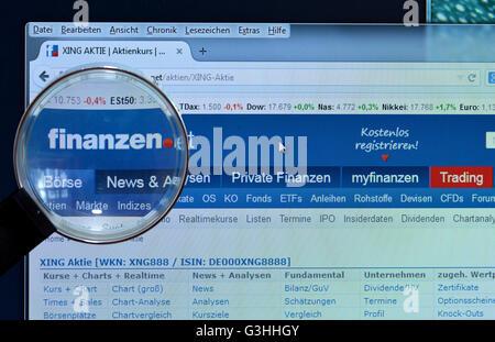 finanzen.net, homepage, Bildschirm, Lupe - Stock Photo