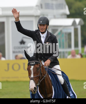 Andrew Nicholson riding Jet Set IV celebrates victory in the Equitrek CCI*** Showjumping during day four of the - Stock Photo