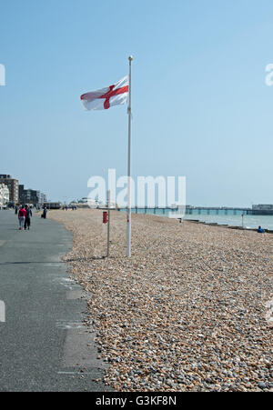 Views from Marine Parade of the pier at Worthing, West Sussex - Stock Photo