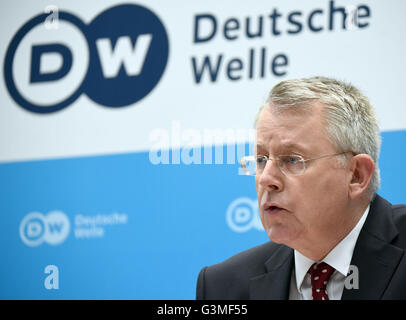 Bonn, Germany. 13th June, 2016. The director of Germany's international broadcaster Deutsche Welle (DW), Peter Limbourg, - Stock Photo