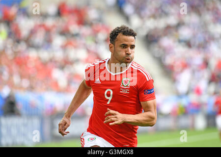 Hal Robson-Kanu of Wales during Wales v Slovakia Euro 2016 Group B fixture at the Matmut Atlantique , Nouveau Stade - Stock Photo
