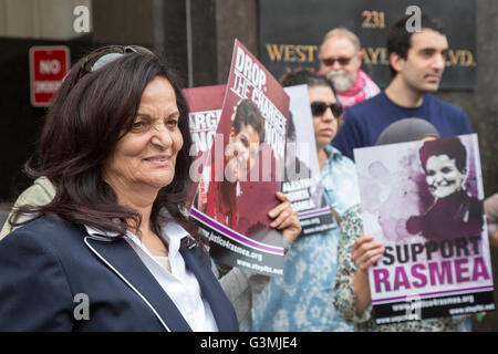 Detroit, Michigan, USA. 13th June, 2016. Supporters of Palestinian-American activist Rasmea Odeh (left) rallied - Stock Photo
