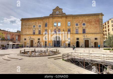 Italy, Basilicata, Matera, Piazza Vittorio Veneto, Palazzo dell'Annunziata - Stock Photo