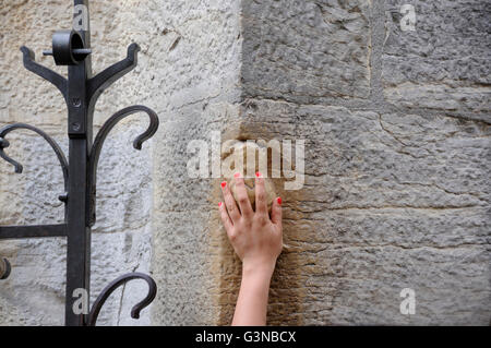 The lucky owl in Dijon, Cote d'Or, Burgundy, France, Europe - Stock Photo