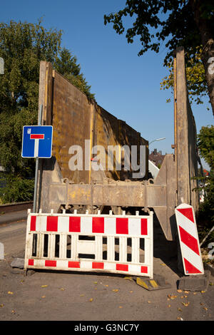 Barricade for road construction, renewal of the sewerage system, Koenigstrasse, Kamen, Ruhr Area, North Rhine-Westphalia - Stock Photo