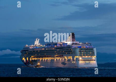 Cruise ship Norwegian Jewel leaving port of Victoria on Salish Sea-Victoria, British Columbia, Canada. - Stock Photo