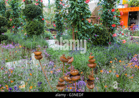 Beautiful RHS Greening Grey Britain Garden, Designed