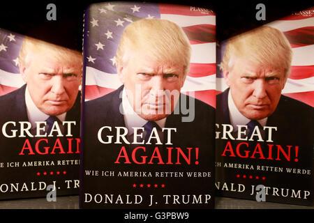 Donald Trump auf einem Buchcover - Symbolbild zum Praesidentschaftswahlkampf in den USA, Berlin - Stock Photo