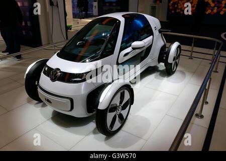 die Studie fuer ein VW/ Volkswagen Auto/ 'Concept Car', Berlin. - Stock Photo