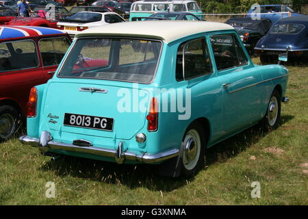 A REAR OFFSIDE VIEW OF AN AUSTIN A40 FARINA CAR AT A CLASSIC CAR SHOW - Stock Photo