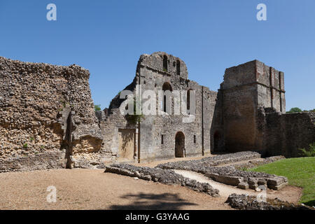 Wolvesey Castle ruin of the medieval Bishop's Palace, Winchester, Hampshire, England, United Kingdom, Europe - Stock Photo
