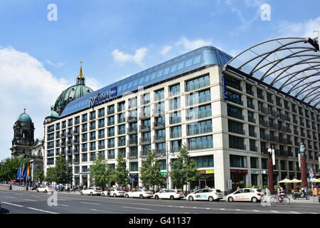 Shopping Mall Berliner Dom ( Cathedral ) in front Lustgarten park  Mitte Berlin Germany ( Karl Liebknecht Strasse - Stock Photo