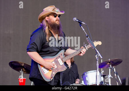 Oshkosh, Wisconsin, USA. 11th June, 2016. Country musician CHRIS STAPLETON performs at Great Stage Park during Bonnaroo - Stock Photo