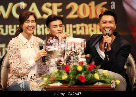 Phnom Penh, Cambodia. 18th June, 2016. China's Hong Kong TVB actress Nancy Wu (L) and actor Vincent Wong (R) attend - Stock Photo