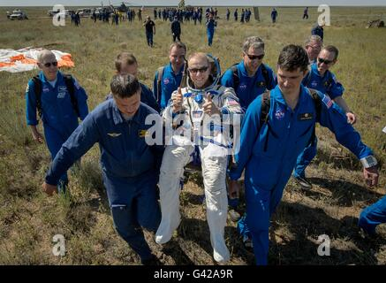 Zhezkazgan, Kazakhstan. 18th June, 2016. International Space Station crew from Expedition 47 American astronaut - Stock Photo