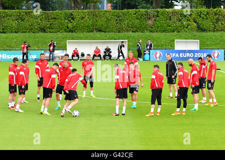 Players of Albania exercise during a team training session at the transfer training ground Plaine de jeux de Gerland - Stock Photo