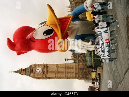 London Parade/Woody Woodpecker - Stock Photo