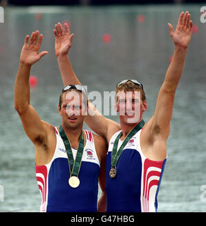 Rowing - Atlanta Olympic Games 1996 - Men's Coxless Pairs - Final - Stock Photo