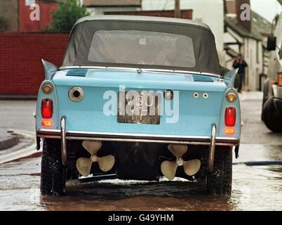 WEATHER FLOODS/Amphicar 3 - Stock Photo