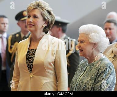 Royalty - Queen Elizabeth II State Visit to Ireland - Stock Photo
