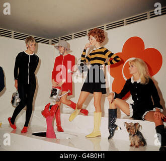 SIXTIES FASHION : 1967 - Stock Photo