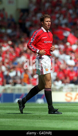 THIS PICTURE CAN ONLY BE USED WITHIN THE CONTEXT OF AN EDITORIAL FEATURE. PA NEWS 9/8/98 MANCHESTER UNITED'S RONNY - Stock Photo