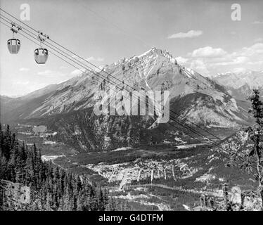 Travel Stock - Cascade Mountain - Canada - Stock Photo