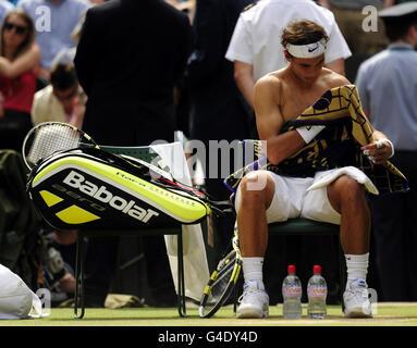 Tennis - 2011 Wimbledon Championships - Day Thirteen - The All England Lawn Tennis and Croquet Club - Stock Photo