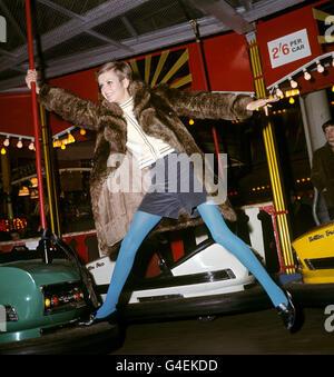 Fashion - Twiggy - Bertram Mills Circus - 1967 - Stock Photo