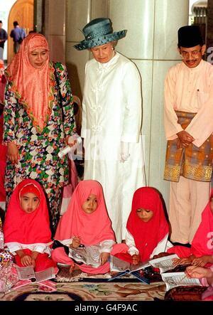ROYAL Queen/Brunei Mosque - Stock Photo