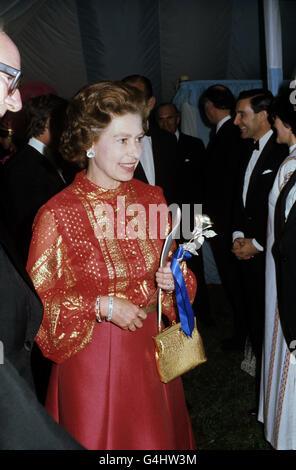 Royalty - Queen Elizabeth II Silver Jubilee - Tour of Great Britain - Stock Photo
