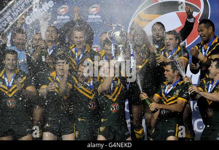 Rugby League - Four Nations - Final - England v Australia - Elland Road - Stock Photo