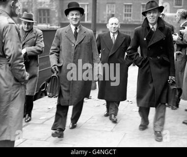Politics - Lynskey Tribunal - Minister Bribery Allegations - London - Stock Photo