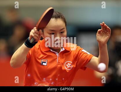 Saturday. 18th June, 2016. June 18 2016, Tokyo, Japan - Tie Yana of Hong Kong returns the ball agianst China's Liu - Stock Photo