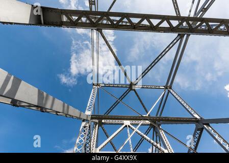 USA, Oregon, Pacific Crest Trail, A bridge in the wilderness on the Pacific Crest Trail - Stock Photo