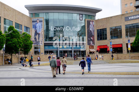 Entrance to Lowry Outlet Centre, MediaCityUK, Salford Quays, Salford UK - Stock Photo