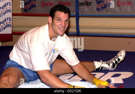 Tyson boxing Savarese training - Stock Photo