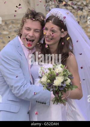 Jamie Oliver wedding bride confetti - Stock Photo