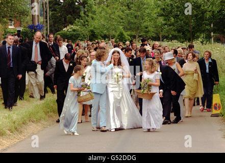 Jamie Oliver wedding & bride - Stock Photo